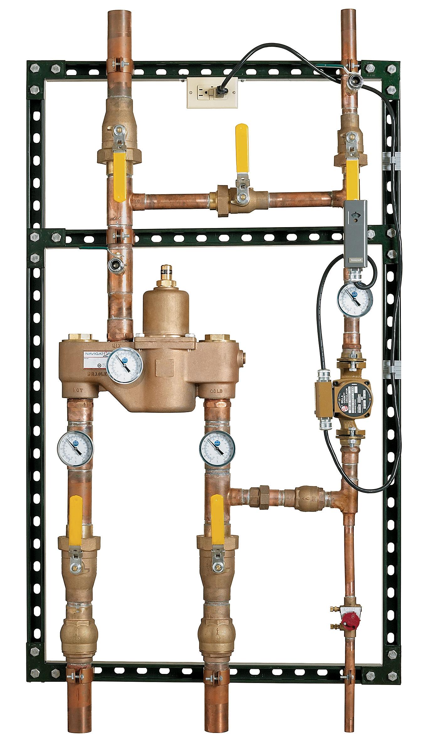 Navigator High-Low Recirculation Station - Bradley Corporation
